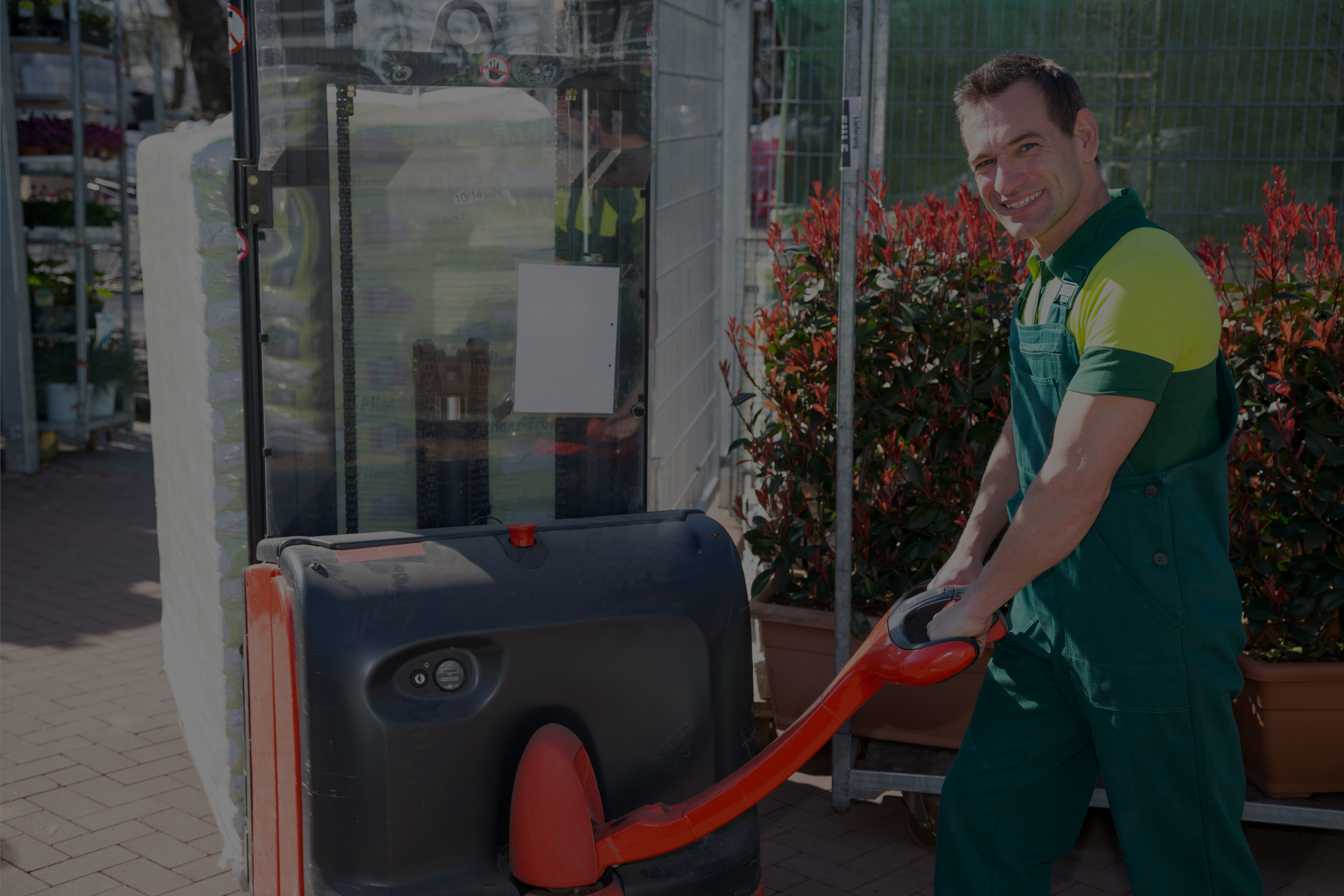 Our 6 Pointers To Safe Loading And Unloading In Garden Centres