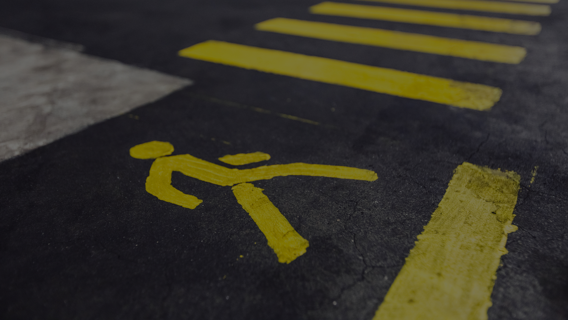 Moving Vehicles VS Pedestrians On Site: How To Ensure Your Yard Is Safe